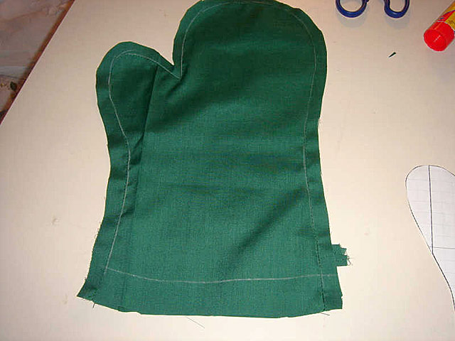 По этой выкройке можно шить не только рукавицы для строителей...